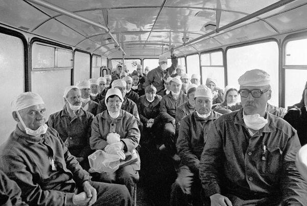 Доставка рабочих на Чернобыльскую АЭС