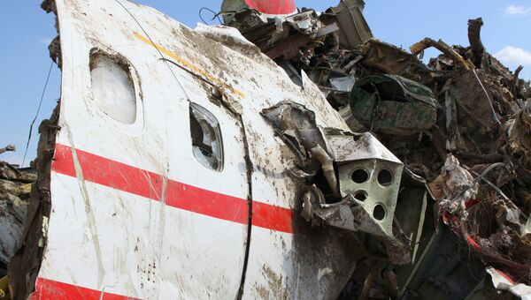 Обломки польского правительственного самолета Ту-154. Архив