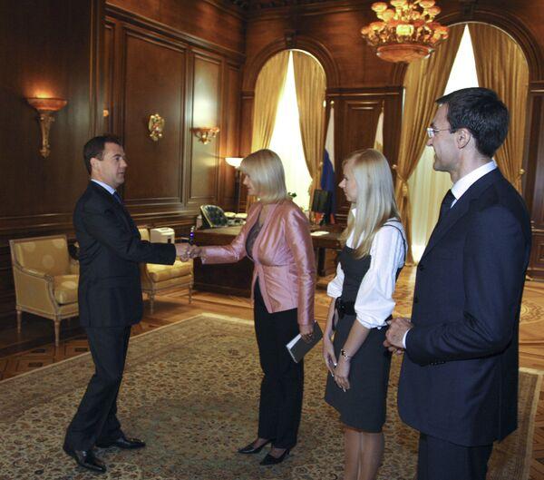 Президент РФ Д.Медведев дал интервью представителям украинских СМИ