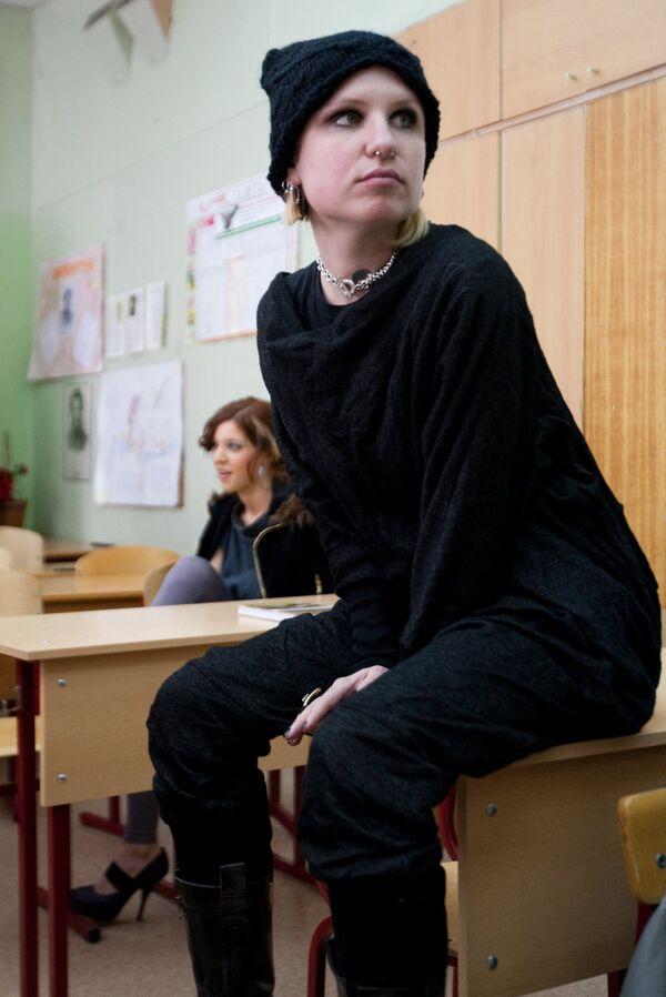 Педагогов и законодателей шокировали нравы, царящие в обыкновенной школе по версии режиссера Гай Германики.