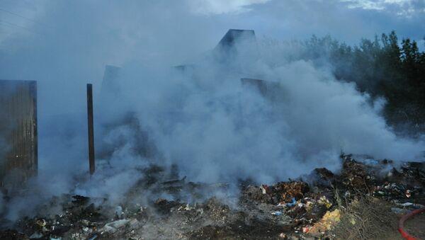 Пожар на свалке. Архивное фото
