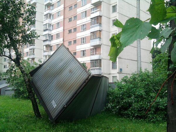 Последствия сильной грозы в Москве