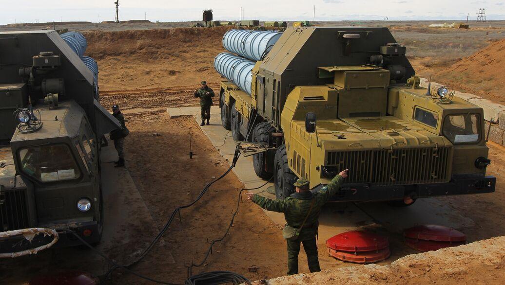 В Израиле объяснили почему ЗРК С-300 в Сирии не отвечают на ракетные атаки