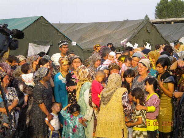 Переход беженцев через узбекско-киргизскую границу