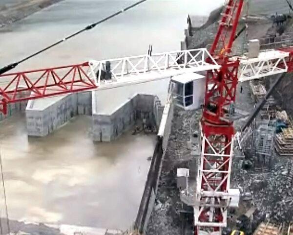 На СШГЭС завершаются работы по строительству второй очереди водосброса