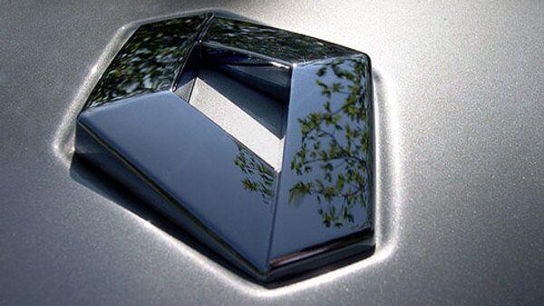 Логотип компании Renault. Архивное фото