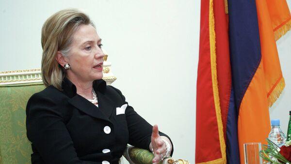 Госсекретарь США Хиллари Клинтон во время встречи с президентом Армении Сержем Саргсяном