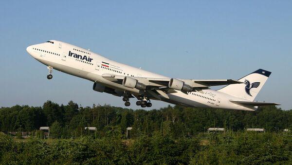 Самолет иранских авиалиний в аэропорту Гамбурга. Архив