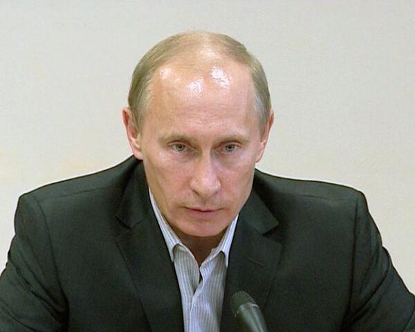На месте строительства домов для погорельцев установят камеры – Путин