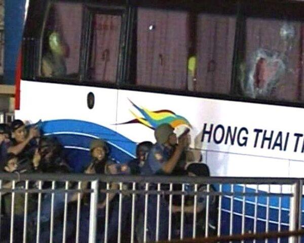 Штурм автобуса, захваченного бывшим полицейским. Видео спецоперации