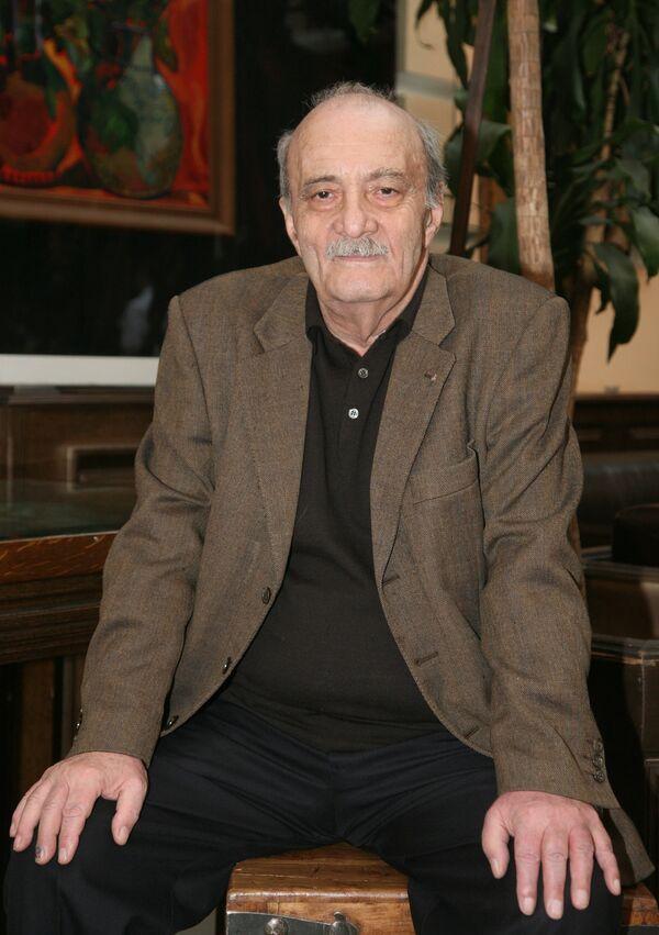 Георгий Данелия. Архив