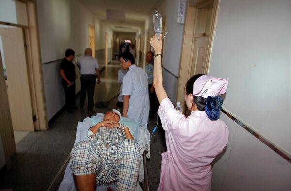 Пострадавшие в катастрофе самолета в Китае