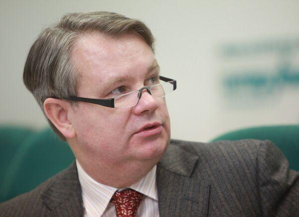 Пресс-конференция председателя комитета рекламы, информации и оформления Москвы Владимира Макарова