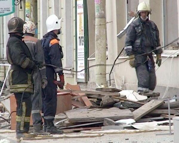 Часть здания обрушилась в центре Санкт-Петербурга