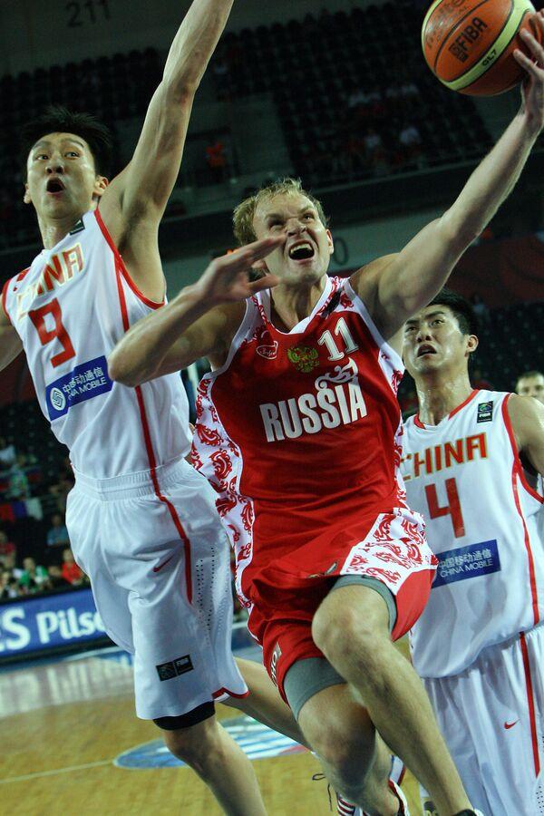 Игровой момент матча Китай - Россия