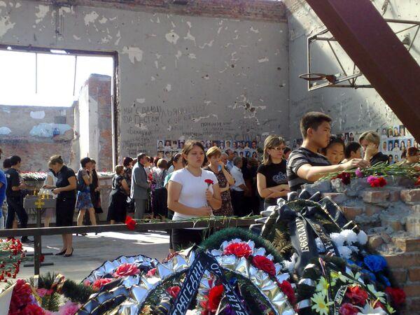 Траурные мероприятия, приуроченные к шестой годовшине теракта в Беслане