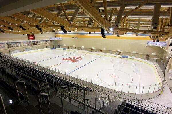Подготовка к открытию многофункционального спортивного комплекса Янтарь в Строгино