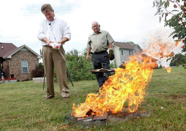 Два американских пастора сожгли по копии Корана 11 сентября