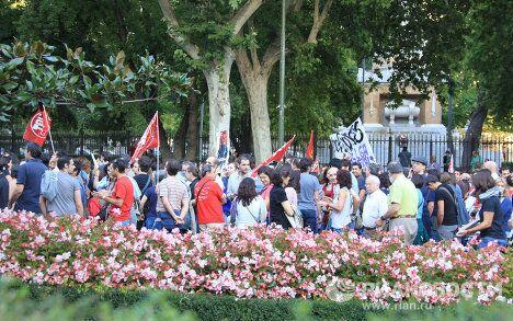 Ведущие профсоюзы Испании проводят всеобщую забастовку в знак протеста против жестких антикризисных мер правительства
