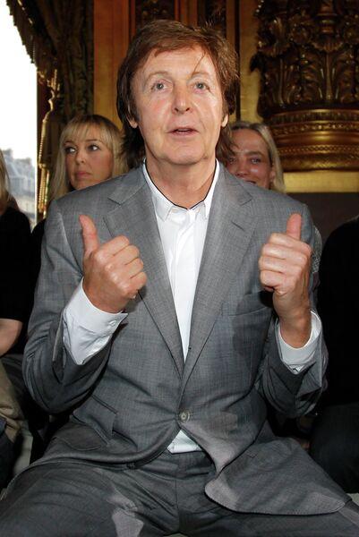 Пол Маккартни на Неделе Моды в Париже