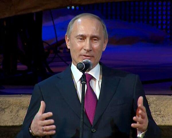 Путин назвал прорвавшегося в Петербург Ди Каприо настоящим мужиком