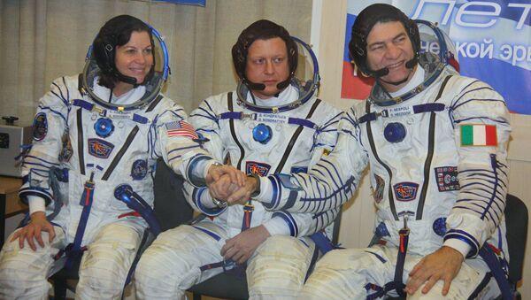 Тренировка экипажей 26/27-й длительной экспедиции на МКС