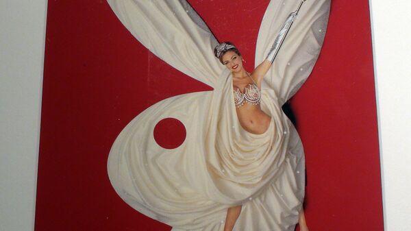 Журнал Playboy распродает свои архивы
