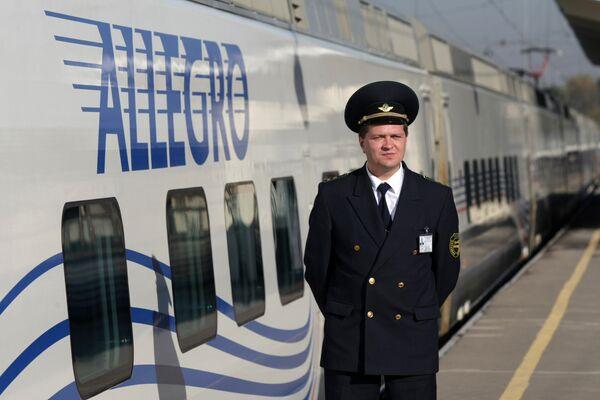 Скоростной поезд Аллегро Санкт-Петербург - Хельсинки. Архивное фото