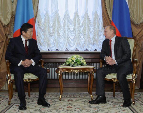 Встреча премьер-министров РФ и Монголии