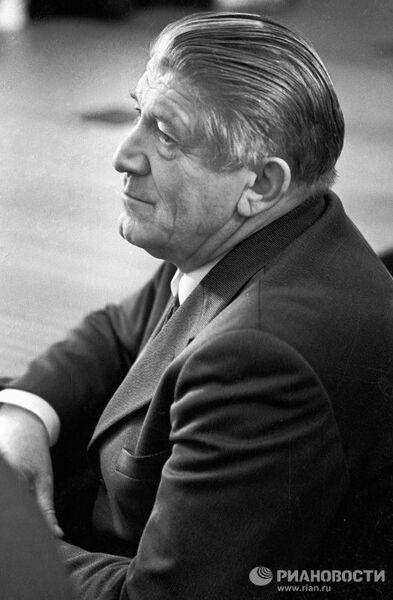 Народный артист СССР Николай Крючков