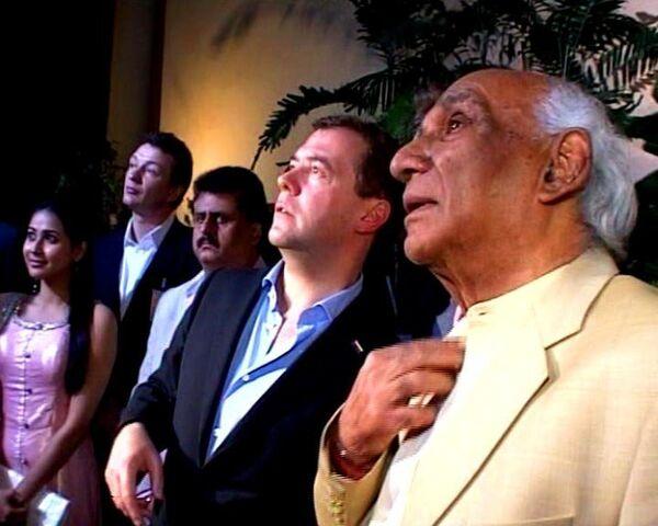 Медведев в Болливуде вспомнил первый увиденный индийским фильм