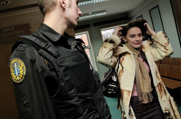 Бывшая помощница Филиппа Киркорова Нина Юрова в Пресненскиом суде