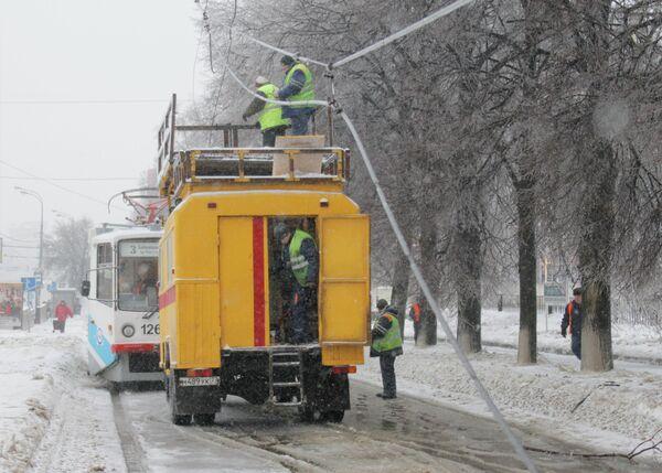 Обрыв проводов трамвайной линии
