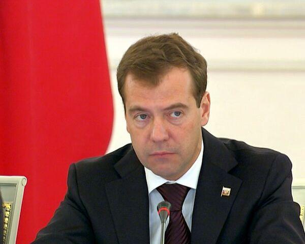 Медведев: особенности национального характера не оправдывают погромов
