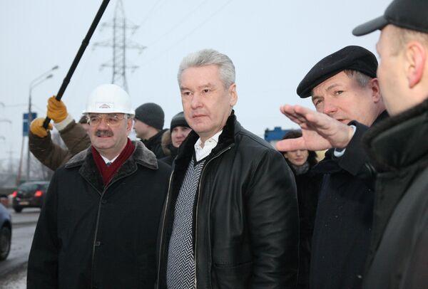 Мэр Москвы Сергей Собянин посетил реконструируемый мост через Канал имени Москвы