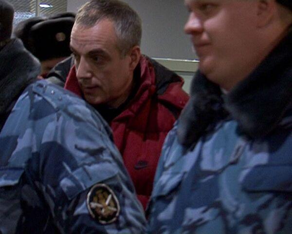 Польша выдала России обвиняемого в убийствах и бандитизме