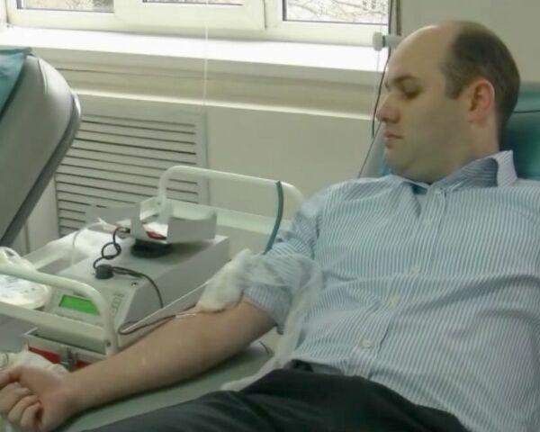 Дагестанские студенты сдают кровь для пострадавших в Домодедово