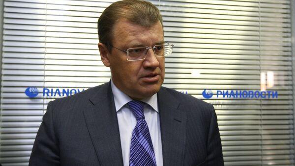 Мэр Томска Николай Николайчук посещает пресс-центр нового медиацентра РИА Новости в Томске