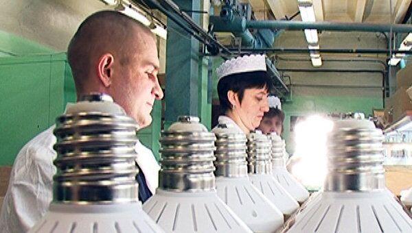 Как и из чего делают энергосберегающие лампочки в России