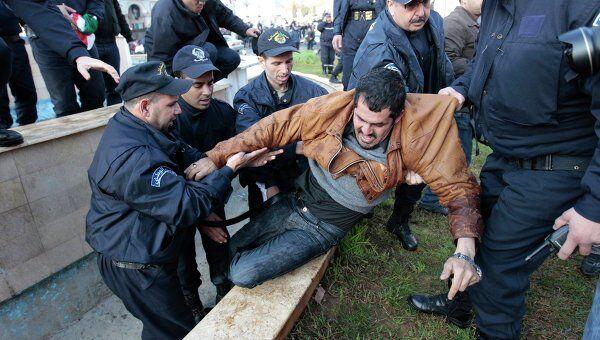 Полиция Алжира задержала демонстрантов