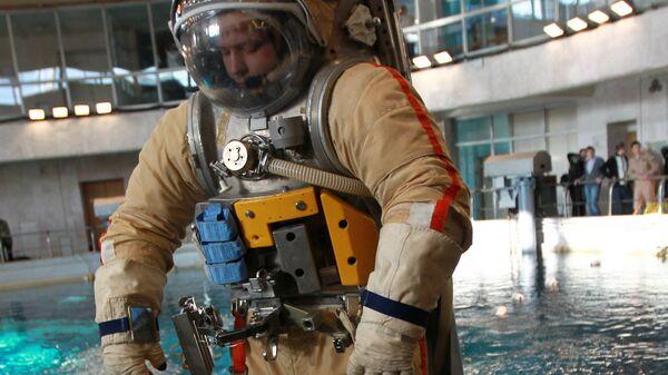 Тренировка космонавтов в Звездном городке