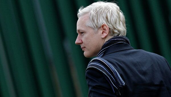 Джулиан Ассанж в лондонском магистратском суде Белмарш