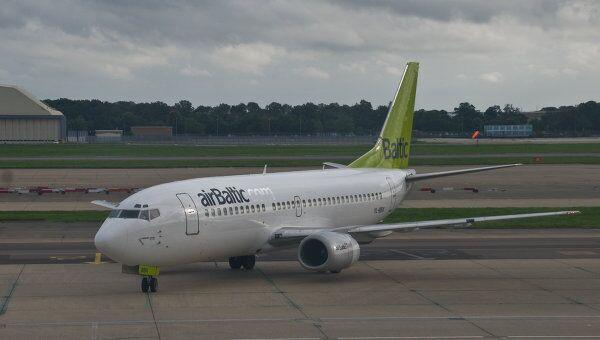 Boeing-737 авиакомпании airBaltic. Архивное фото