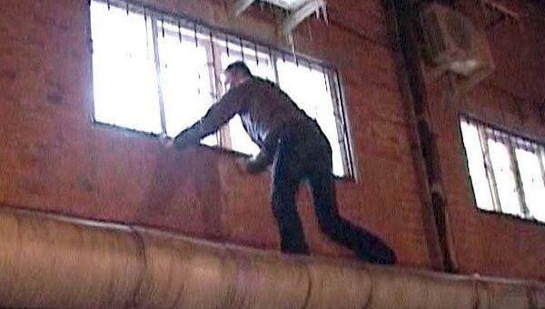Грабители проникли в банк во Владикавказе, подпилив решетки на окне