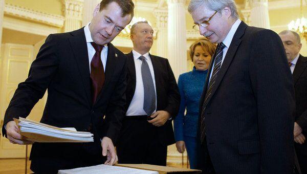 Дмитрий Медведев ознакомился с манифестом об освобождении крестьян