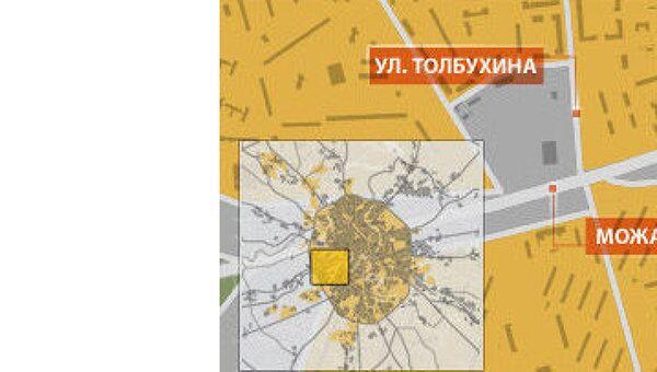 Заснувший сотрудник ДПС на своей иномарке перекрыл шоссе на западе Москвы