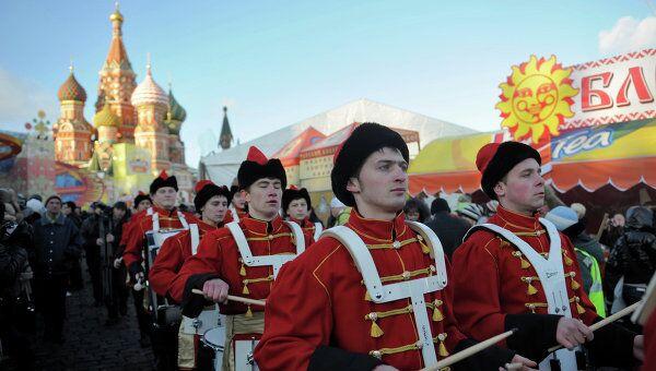 Праздник Широкая Масленица на Васильевском спуске