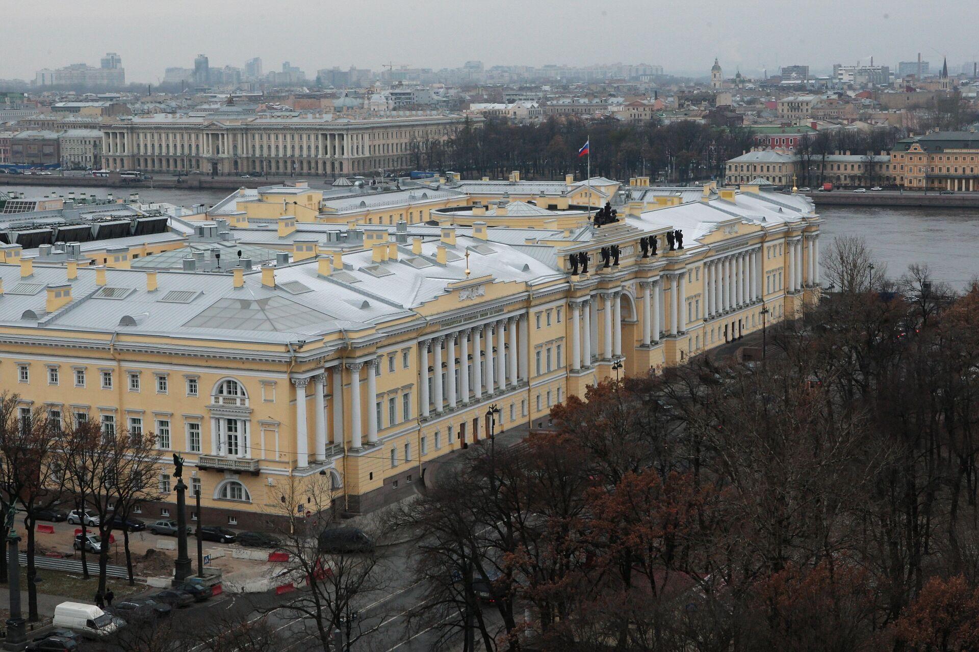 Здание Сената и Синода в Санкт-Петербурге - РИА Новости, 1920, 04.10.2020