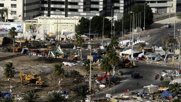 Военные беспорядки в столице Бахрейна Манаме, 17 марта 2011