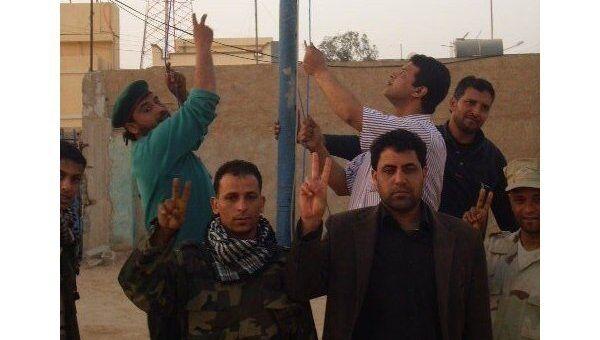 Блок-пост ливийских повстанцев на границе с Египтом